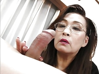 GRANNY SEX SHOW 9 handjob facial granny video