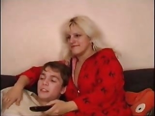 Hot Mom mature milf old & young video