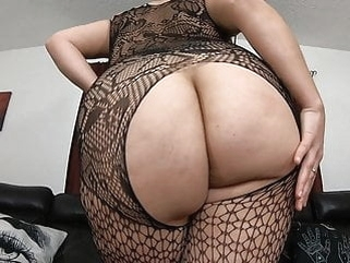 Chubby girl with big tits and ass bbw handjob hd videos video