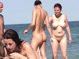 Nudist friens at the beach amateur beach brunette video