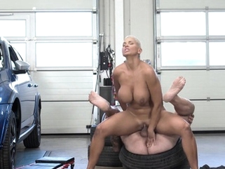 RIM4K. Short-haired lady comes to tired pal and helps asslick big boobs blonde video